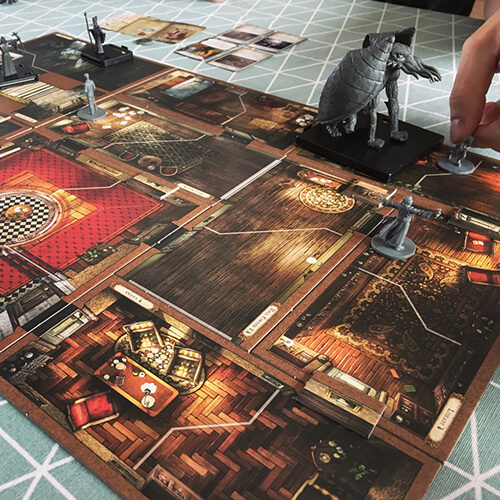 playing the mansions of madness board game
